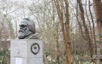 Λονδίνο: Κάμερες ασφαλείας για να φυλάξουν τον τάφο του Καρλ Μαρξ