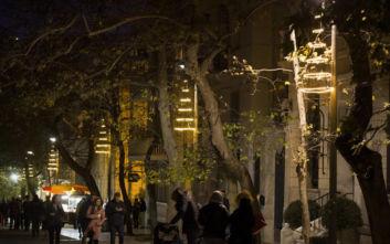 Παπαστράτος: Συμμετέχει στην πρωτοβουλία του Δήμου Αθηναίων για τα πιο φωτεινά Χριστούγεννα της πόλης