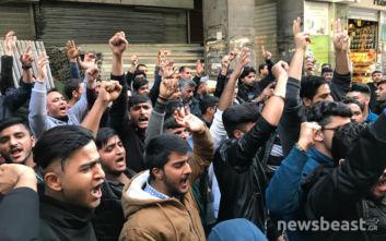 Αναστάτωση στην Ομόνοια: Άνδρας έβριζε τον Αλλάχ, μουσουλμάνοι κάνουν συγκέντρωση διαμαρτυρίας