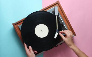Ψηφιοποιούνται 100.000 βινύλια και δίσκοι 78 στροφών