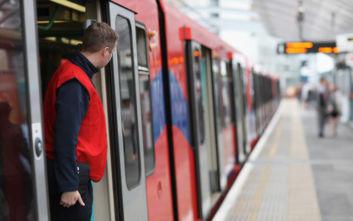 Κορονοϊός: Κατευθυντήριες γραμμές από την Κομισιόν για τα δικαιώματα των επιβατών στην Ε.Ε.