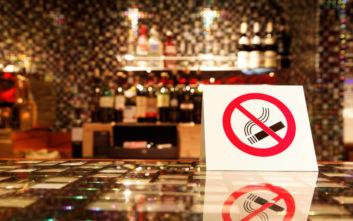 Αντικαπνιστικός νόμος: Οι γιορτές δεν σταμάτησαν την εφαρμογή του, πού έπεσε το πρώτο πρόστιμο του 2020