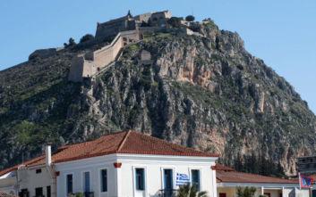 Η παλιά πόλη του Ναυπλίου είναι μία «περαντζάδα» στον χρόνο και την ιστορία