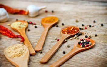 Το πικάντικο χαρμάνι μπαχαρικών για το σπίτι του καλοφαγά