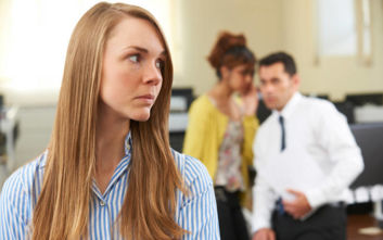 Αν είσαι νέος και κανείς δεν σε παίρνει στα σοβαρά στη δουλειά, να τι πρέπει να κάνεις