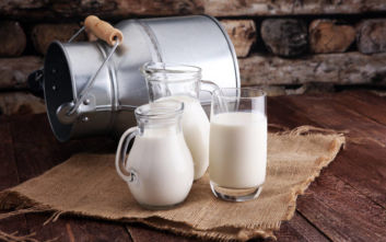 ΕΦΕΤ: Υποχρεωτική πλέον η αναγραφή της προέλευσης του γάλακτος