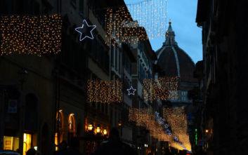Τρεις διεθνούς κύρους καλλιτέχνες θα στολίσουν το Χριστουγεννιάτικο δέντρο στη Φλωρεντία