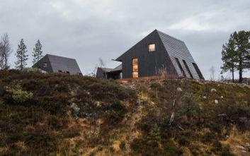 Το μοντέρνο σπίτι με το περίεργο σχήμα