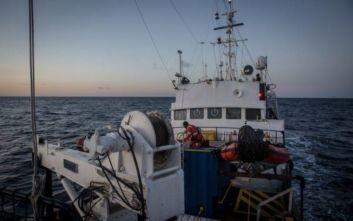 Σε λιμάνι της Σικελίας θα αποβιβαστούν 32 μετανάστες που διασώθηκαν από το πλοίο Alan Kurdi