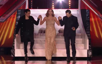 X- Factor: Η εντυπωσιακή έναρξη του μεγάλου τελικού με τη λαμπερή Δέσποινα Βανδή