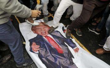 Τραγωδία στην κηδεία του Σουλεϊμανί: Αναβλήθηκε η ταφή στην πόλη Κερμάν