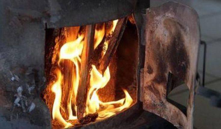 Θεσσαλονίκη: 38χρονος κατηγορείται για τη δολοφονία φίλης του – «Την τεμάχισα και την έκαψα στη σόμπα»