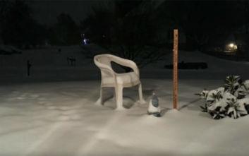 Η χιονόπτωση 48 ωρών μέσα σε ένα λεπτό