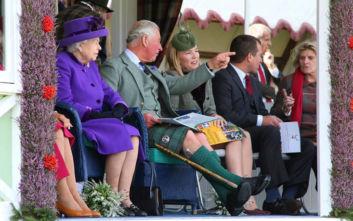 Ένα πλήρες ταξιδιωτικό πακέτο για τον κροίσο που θέλει να ζήσει βασιλικές στιγμές