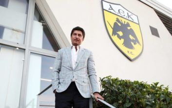 Ίβιτς σε παίκτες της ΑΕΚ: Να είστε επαγγελματίες και να μην επηρεάζεστε