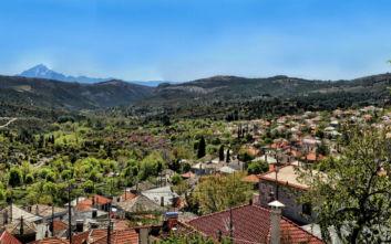 Το ορεινό χωριό της Θάσου που εντυπωσιάζει τον επισκέπτη