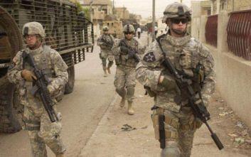 O αμερικανικός στρατιωτικός συνασπισμός εγκαταλείπει το Ιράκ