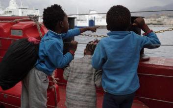 Το πλοίο Ocean Viking θα αποβιβάσει 403 μετανάστες στον Τάραντα