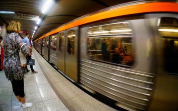 Κορονοϊός: Με καλοκαιρινό ωράριο τα δρομολόγια στο μετρό