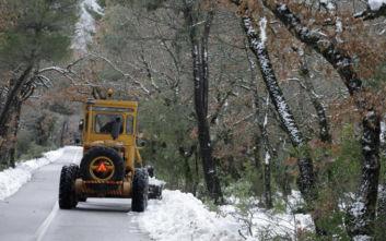Κακοκαιρία Ηφαιστίων: Στο πάγο η χώρα - Χιόνια σε Αττική, Εύβοια, Στερεά και Κρήτη