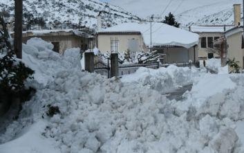 Κακοκαιρία Ηφαιστίων: Σαρωτικό πέρασμα από Κρήτη και νησιά - Υποχωρεί ο χιονιάς