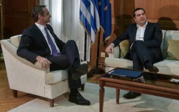 Επαφές Μητσοτάκη με Τσίπρα – Γεννηματά: «Η εθνική γραμμή είναι δεδομένη» - Οι αιχμές και το… τζετ λαγκ