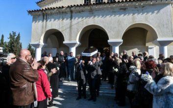 Πλήθος κόσμου στο «τελευταίο αντίο» στην Έρρικα Μπρόγιερ