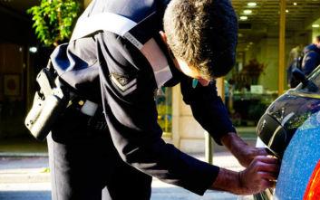 Έρχονται «δαγκάνες» για όσους παρκάρουν σε ράμπες ΑμεΑ και πεζόδρομους στη Θεσσαλονίκη