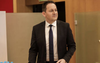 Στέλιος Πέτσας: «Το μεταναστευτικό δεν είναι αγώνας ταχύτητας αλλά μαραθώνιος»