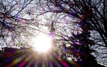 Αγίου Πνεύματος: Ο καιρός το τριήμερο, πού και πότε θα βρέξει - Δείτε χάρτες