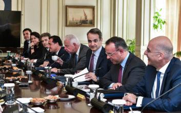 Συγχαρητήρια Μητσοτάκη σε Χρυσοχοΐδη και Σταϊκούρα στο υπουργικό συμβούλιο