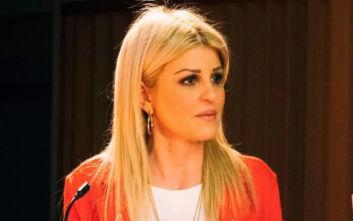 Η Έλενα Ράπτη ζητά την επαναφορά της πρόταξης των πολύτεκνων εκπαιδευτικών στους διορισμούς