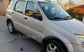 Συνελήφθη ανήλικος που είχε ρημάξει καθρέφτες αυτοκινήτων στη Λαμία