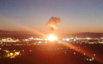 Τουλάχιστον ένας νεκρός από την έκρηξη σε εργοστάσιο χημικών στην Ισπανία: Οι πρώτες εικόνες