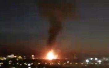 Έκρηξη και τεράστια φωτιά σε εργοστάσιο χημικών στην Ισπανία