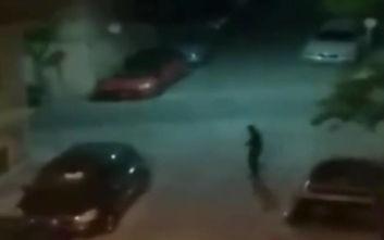 Βίντεο ντοκουμέντο από τη στιγμή που σπείρα απαγάγει 16χρονο στη μέση του δρόμου