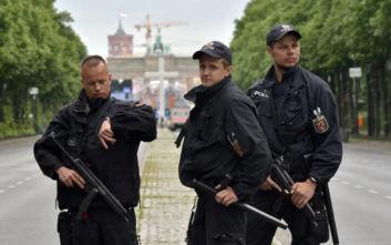 Δύο βόμβες σε Βερολίνο και Κολωνία σήμαναν συναγερμό στη Γερμανία