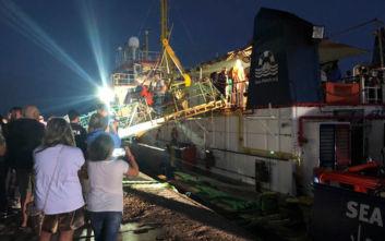 Ιταλία: 119 μετανάστες αποβιβάσθηκαν στον Τάραντα από το πλοίο Sea Watch 3