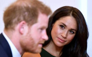 Πρίγκιπας Χάρι και Μέγκαν Μαρκλ: Τα e-mail στη βασίλισσα και οι «οχιές» στο παλάτι
