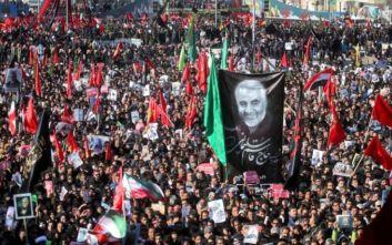 Ιράν: Ξεκίνησε η κηδεία του Σουλεϊμανί μετά την τραγωδία με το ποδοπάτημα