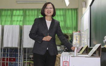 Ταϊβάν: Επανεξελέγη πανηγυρικά η απερχόμενη πρόεδρος Τσάι