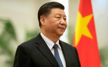 Το Facebook μετέφρασε το όνομα του Σι Τζινπίνγκ ως «κύριος απόπατος»