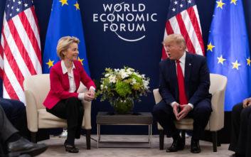Μια «καλή εμπορική συμφωνία» ζήτησε ο Τραμπ από την Φον ντερ Λάιεν στο Νταβός