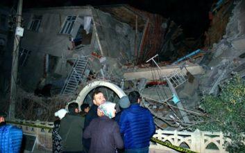 Σεισμός στην Τουρκία: Αυξάνονται τα θύματα του Εγκέλαδου, στους 8 οι νεκροί