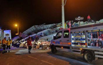 Στους 31 οι νεκροί από τον σεισμό στην Τουρκία-Πάνω από 1.500 οι τραυματίες