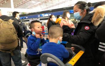 Επιβάτης του αεροπλάνου που επαναπάτρισε Γάλλους από την Ουχάν έχει συμπτώματα κοροναϊού