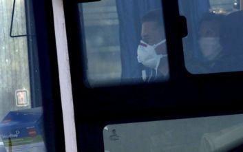 Κοροναϊός: Στη Γαλλία το πρώτο αεροπλάνο με πολίτες που έχουν προσβληθεί
