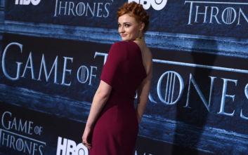 Game of Thrones: Η Σόφι Τέρνερ απαντά αν θα επιστρέψει ως «Βασίλισσα του Βορρά»