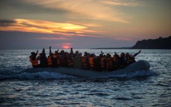 Μετανάστρια γέννησε μέσα σε σκάφος λίγο πριν από τη διάσωσή της ανοιχτά των Καναρίων Νήσων