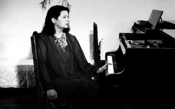 Η Ντόρα Μπακοπούλου με εκλεκτούς φίλους στο Μέγαρο Μουσικής τη Δευτέρα 20 Ιανουαρίου